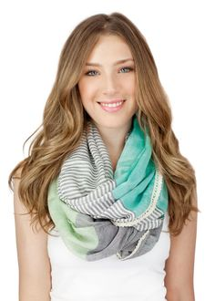 MINT INFINITY SCARF mint and gray lace trim mint por gertiebaxter