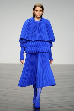 Central Saint Martins RTW Fall 2013 Something about that colour blue!
