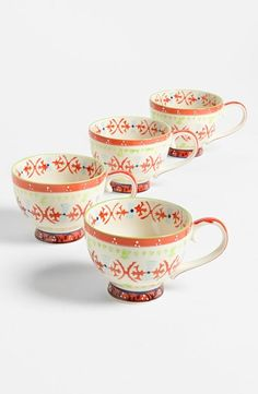 Ceramic mugs set