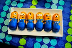 Despicable Me Minion Twinkies :) Gotta make these for a halloween or bday party Minion Theme, Minion Birthday, Boy Birthday, Birthday Parties, Birthday Ideas, Kid Parties, Despicable Me Party, Minion Party, Cute Minions