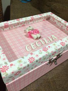 Porta laços para as meninas... Caixa em mdf personalizada forrada com tecido... @fermyki