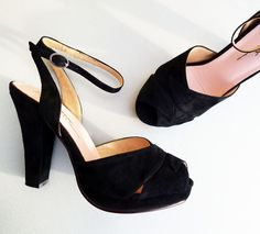The PERFECT shoe!!! - Veronica in black suede at Remix