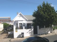 5 Clifton Terrace, Observatory    Lovely house! R1.8