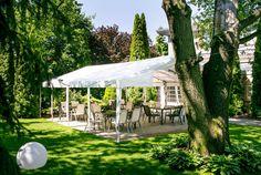#hotel #poznań #ogród #ślubcywilny #restauracja #garden #slowfood #finedine #ślub #wesele #komunia #przyjęcie #party #event #szkolenie #konferencja #food #jedzenie #ślub #wedding #bestweddings #inspiration #trendy #tent #open #conference #kitchen #delicious #green #plants #modern #nowoczesne #feshion #trendy #poznan #wielkopolska #poland #polska Dark Romance, Ranch, Social Platform, Clipart, Gazebo, Maine, Trendy, Outdoor Structures, Wedding