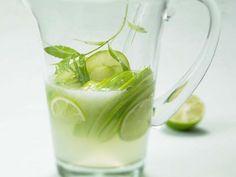Zitronenverbene-Limetten-Bowle