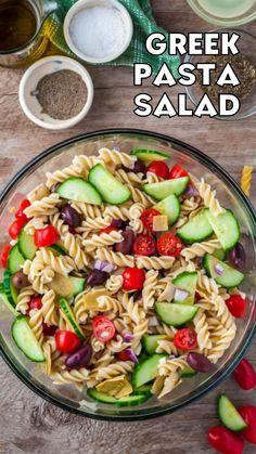 Greek Salad Pasta, Greek Salad Recipes, Pasta Salad Recipes, Healthy Salad Recipes, Soup And Salad, Diet Recipes, Cooking Recipes, Veggie Dishes, Pasta Dishes