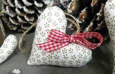domivecicky / Vianočná šitá ozdoba na stromček Srdiečko