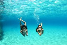 course i will blow you an underwater kiss Bff Pictures, Best Friend Pictures, Summer Pictures, Friend Photos, Beach Pictures, Beach Pics, Holiday Pictures, Underwater Kiss, Underwater Pictures