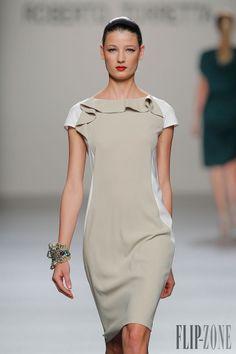 Roberto Torretta Spring-summer 2013 - Ready-to-Wear - http://www.flip-zone.net/fashion/ready-to-wear/independant-designers/roberto-torretta