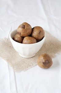 Allergy Friendly: Gluten, Dairy, Nut, Soy & Egg Free Recipes for kids   *********Raw Cookie Dough Bites*********  Ingredients ½ cup creamy raw almond butter or peanut butter ¼ cup, plus 1 tbsp raw honey or maple syrup ½ tsp vanilla extract ¼ cup, plus 1 tbsp coconut flour 3 tbsp ground flax seed ¼ tsp sea salt ¼ cup dark chocolate chips or carob chips