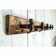 Old Wood Projects, Reclaimed Wood Projects, Woodworking Projects Diy, Wood Projects That Sell, Recycled Wood, Diy Wood Furniture Projects, Diy Wood Projects For Men, Barnwood Ideas, Cedar Furniture