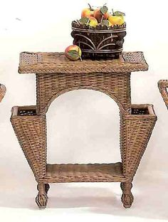 Wicker Welcome Lane Bohemian Furniture, Rattan Furniture, Shabby Chic Furniture, Willow Weaving, Basket Weaving, Retro Appliances, Woven Chair, Newspaper Crafts, Faux Bamboo