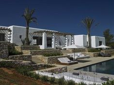 Can Trull is a holiday villa on Ibiza from Blakstad Design Consultants, which conserve the cultural significance of the island in today's architecture. Mediterranean Architecture, Mediterranean Home Decor, Ibiza, Style Hacienda, Spanish Modern, Dream Beach Houses, My Pool, Beautiful Villas, Menorca