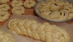 Πως πλάθουμε τα τσουρέκια - βίντεο Garlic, Treats, Cookies, Vegetables, Cake, Desserts, Recipes, Food, Sweet Like Candy