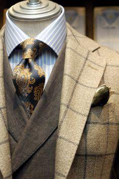 men suits 2017 -- Click visit link to see more men's suits Big Man Suits, Suits You Sir, Mens Suits, Sharp Dressed Man, Well Dressed Men, Suit Fashion, Mens Fashion, Fashion Menswear, Luxury Fashion