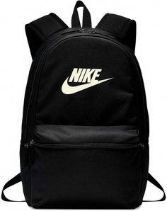 Cool, classic design, the Nike Heritage Backpack is a great size for everyday use. Nike School Backpacks, Cute Backpacks For School, Trendy Backpacks, Vintage Backpacks, Girl Backpacks, Black Nike Backpack, Vans Backpack, Backpack Outfit, Backpack Bags