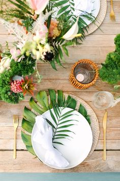 Celebrate summer with a tropical themed party! From tropical party decorations, to party favors and ideas, this is the charming guide for throwing the ultimate summer party! Tropical Party Decorations, Tropical Decor, Tropical Flowers, Summer Table Decorations, Tropical Flower Arrangements, Tropical Furniture, Bubbly Bar, Champagne Bar, Estilo Tropical