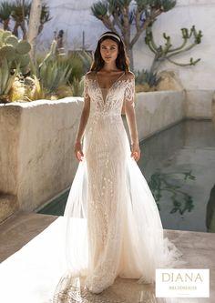 Pronovias collectie 2021 | Premium Dealer | Trouwjurk REYNOLDS Perfect Wedding Dress, Wedding Dress Styles, Designer Wedding Dresses, Bridal Dresses, Pronovias Wedding Dress, Wedding Gowns, Hollywood Glamour, Rembo Styling, Modern Princess