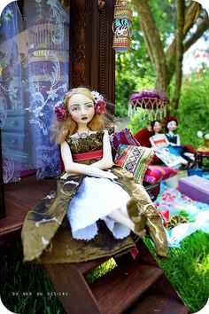 """I am secretly obsessing with these lovely hand-made dolls. I adore the gorgeous props that this artist uses with her """"Du Buh Du"""" brand dolls..it blows my mind that everything is hand created!"""