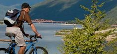 The weather in the Kootenay Lake district this winter is perfect for two of our favourite sports: biking and skiing. Take advantage of the sun and snow this year & come ski/cycle with us!