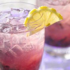 ... weekend with this Blueberry Hard Lemonade Recipe! #drinks #drinkup