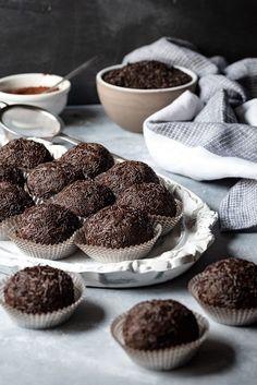 Εύκολες τρούφες σοκολάτας