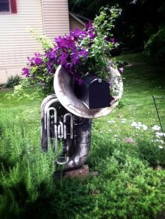 Awesome musical mailbox