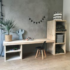 Beautiful wooden jetty console with storage compartments. The craft table is huge for your children, and provides endless fun. Boy And Girl Shared Bedroom, Kids Bedroom, Childrens Desk, Kids Office, Diy Home Decor, Room Decor, Kid Desk, Cool Woodworking Projects, Kids Corner