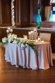 Check out the link for more info wedding reception decorations; Don't let a friend be your wedding photographer. You want really high-quality photos of your respective entire life. Bridal Party Tables, Head Table Wedding, Wedding Reception Flowers, Wedding Reception Locations, Wedding Table Decorations, Decoration Table, Wedding Centerpieces, Wedding Receptions, Reception Ideas