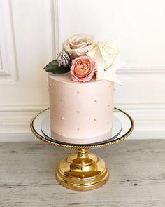 Funny Birthday Cakes, Elegant Birthday Cakes, Adult Birthday Cakes, Beautiful Birthday Cakes, Birthday Cakes For Women, Beautiful Cakes, Elegant Cakes, Birthday Cards, Decoration Birthday