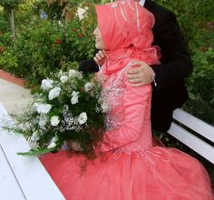 Newly Wed Muslim Couple With Bride in Coral Red Wedding Dress Muslim Wedding Dresses, Wedding Hijab, Wedding Gowns, Wedding Ceremony, Prayers For My Husband, Husband And Wife Love, Turkish Fashion, Turkish Style, Muslim Couples