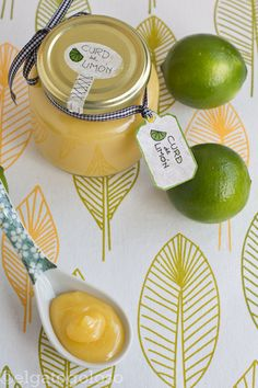 el gato goloso: Curd de limón ¡en microondas! Crepes Rellenos, Salsa Dulce, Bon Dessert, C'est Bon, Caramel Apples, Jelly, Favorite Recipes, Cookies, Tableware