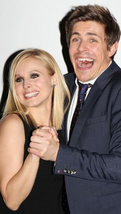 Kristen Bell & Chris Lowell - Logan, you were great and all, but TEAM PIZNARSKI 4EVA!!! #veronicamars