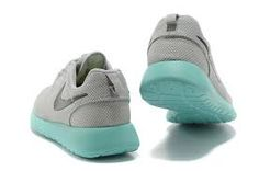 2014 cheap nike shoes for sale info collection off big discount.New nike roshe run,lebron james shoes,authentic jordans and nike foamposites 2014 online. Running Shoes On Sale, Nike Shoes For Sale, Nike Shoes Cheap, Nike Free Shoes, Official Shoes, James Shoes, Shops, Nike Roshe, Roshe Shoes