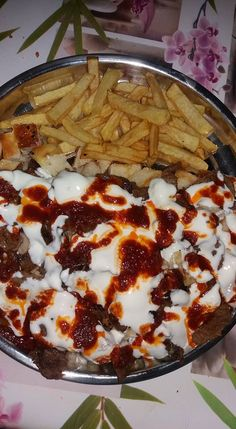 Shish Tawook, Turkish Recipes, Ethnic Recipes, Turkish Kitchen, Food Tags, Wie Macht Man, Tasty, Yummy Food, Vegetable Drinks