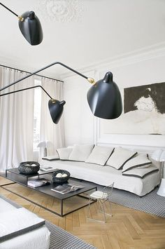 Black And White Small Living Room Interior Design Ideas Choosing The Right TV For Your Living Room Home decor ideas Diy home decor Apartment decorating Cozy living room Modern living room Grey living room #LivingRoom #SmallLivingRoom #Brown Couch #Boho #Bohemian #Eclectic #Cottage #Transitional #Simple #Country #Industrial #livingroomdesignsbrown