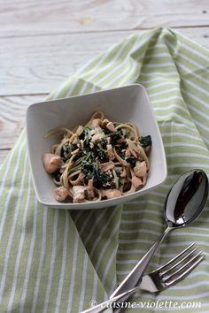 Pasta mit Lachs und Blattspinat