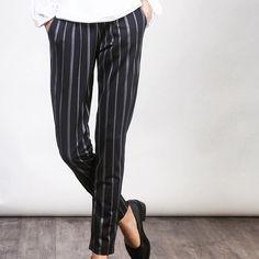 Pin stripe pants (B3094BL) 1,990.- www.mmchic-th.com