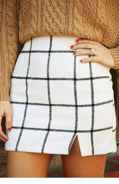 Stylish Black and White Plaid Mini Skirt for date night or girls day shopping!