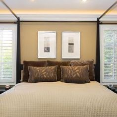 Love the rope lighting behind the crown moulding. A definate DO for my master bedroom and familyroom.