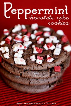 Peppermint-Chocolate-Cake-Cookies-6-websized