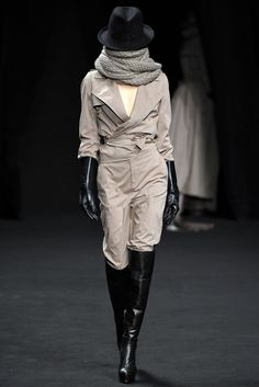 A.F. Vandevorst - Fall 2012 Ready-to-Wear - Look 4 of 36
