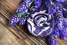 Saboo Natural Soap - Lavender  Premium handmade flower soap blends with vegetable glycerin, vitamin E, jojoba oil, pure honey and natural ingredients. Nourishing, refreshing and rejuvenating your skin. The soap allows to rich creamy lather as it gently cleans and moisturizes your skin, leaving it soft, smooth, fragrant and fresher than ever. Gentle and perfect for all skin types.