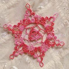 FREE PATTERN ~ Pink Snowflake