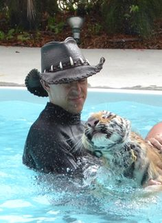 Randy the Tiger Man with Maylea at Dade City's Wild Things