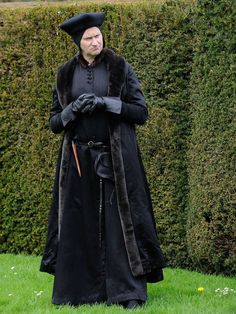 Mark Gatiss as Stephen Gardiner in Wolf Hall. Behind-the-scenes with the costume makers for Wolf Hall, Broadchurch and Doctor Who - Features - TV & Radio - The Independent