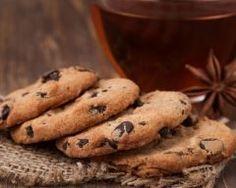 Biscuits express aux pépites de chocolat (facile, rapide) - Une recette CuisineAZ