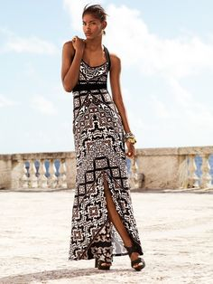 A beautiful and intricate, hand-designed print #WHBM