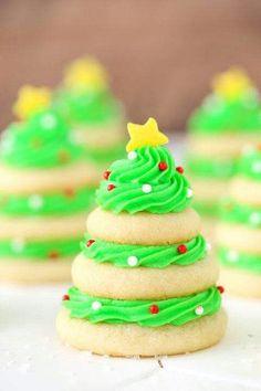 Cute Christmas tree sugar cookies. #christmas #sugarcookies #christmascookies #christmastime #christmastreats
