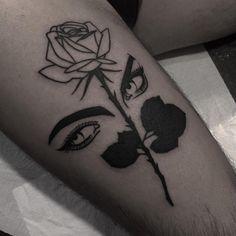 """(@inspirationtattoo) """"⚔️Blackwork  Artista: @jorge_donega  ➖➖➖➖➖➖➖➖➖➖ Tatuador marque seu trabalho…"""""""
